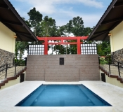 Japanese Villa Jacuzzi pool